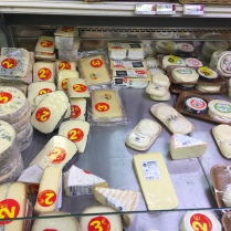 2 Euro cheese and lots of it, yum!